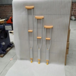 High Quality Disability Use Medium Size Walking Aids/Aluminum Crutches (SK-CR713M) pictures & photos