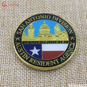 Factory Customied Metal Military Souvenir Challenge Coin pictures & photos