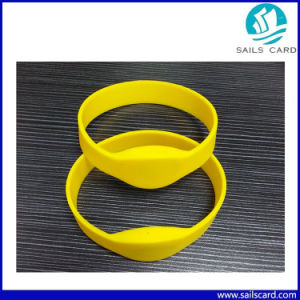 13.56MHz Silicone M1 RFID Wristband for Access Control pictures & photos