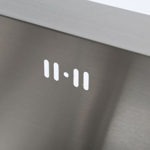 Topmount Brushed Surface 201 Stainless Kitchen Basin Sizes pictures & photos