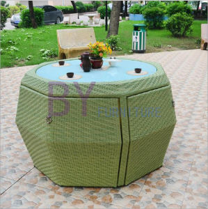 Creative Outdoor Garden Terrace Courtyard Cafe Leisure PE Rattan Table and Chair Furniture pictures & photos