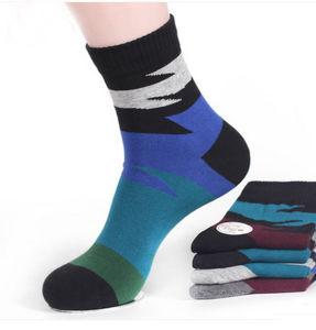 Socks Manufacturers Wholesale Custom fashion Men Dress Socks pictures & photos