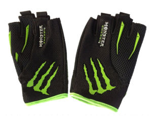 Ghost Claw Half Finger Gloves pictures & photos