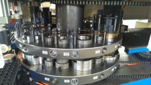 CNC Punch Press for Stainless Steel Perforating Machine Turret Punch Press pictures & photos