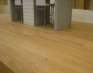 Russian Oak Hardwood Parquet Floor / Wood Flooring pictures & photos