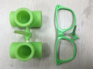 Plastic Injection Molding for Plastic Glasses pictures & photos