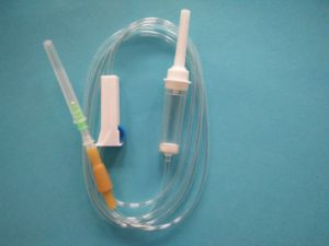 Disposable Infusion Set with Cheap Price pictures & photos