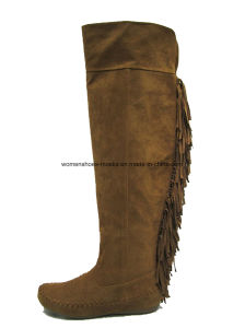 New Fashion Women Flat Heel Overknee Boots with Tassels pictures & photos