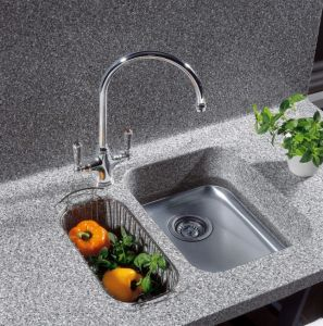 Countertop with Seamless Sink pictures & photos