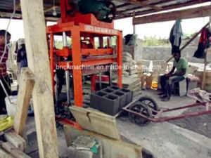 China Factory Price Small Cocnrete Brick Machine for Sale pictures & photos