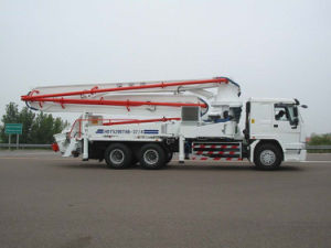 Sinotruk HOWO Concrete Pump Truck 4booms 6X4 pictures & photos