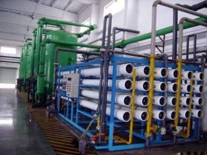 Portatble Seawater Treatment Plant RO Seawater Desalination Equipment pictures & photos