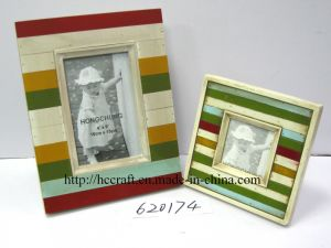 Colorful Wooden Wall Photo Frame for Home Deco pictures & photos