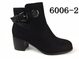 Comfortable Winter Shoes Low Heel Ankle Boots for Women pictures & photos