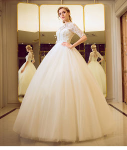 2017 New Fashion Beautiful White A Line Sweetheart Low Back Ruched Bodice Ruffle Organza Allure Bridal Wedding Dress (MN1266) pictures & photos