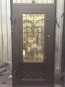 Whole Handmade Wrought Iron Single Door pictures & photos