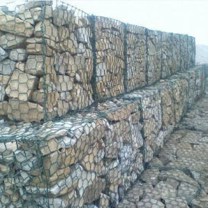Gabion Basket/Galvanized Gabion Basket/Gabion Box /PVC Coated Baskets pictures & photos