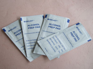 Alcohol Prep Pad by Non Woven Swab pictures & photos