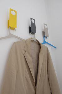 Uispair 100% Steel Decorative Daily Use Slim Line Colorful Suit Bag Coat Clothes Hanger pictures & photos