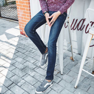 C305 Cotton Straight Fit Blue Men Denim Jeans pictures & photos
