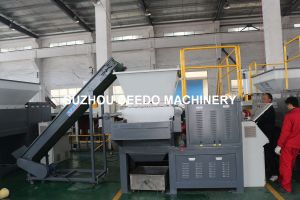Automatic Single Shaft Shredder Plastic Machine pictures & photos