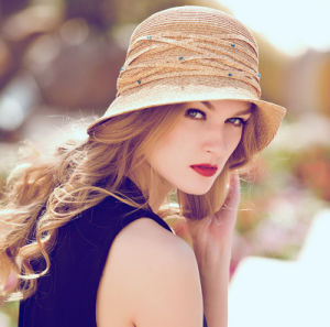 Wholesale Straw Sunshade Suncreen Leisure Foldable Lady′s Hat pictures & photos