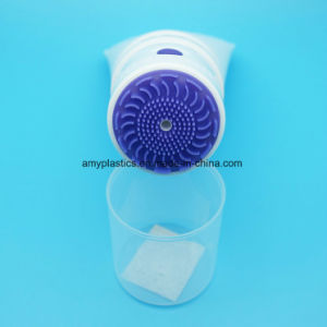 New Style Cosmetic Facial Cleanser Plastic Tube with Vibrating Silicone Brush Applicator pictures & photos