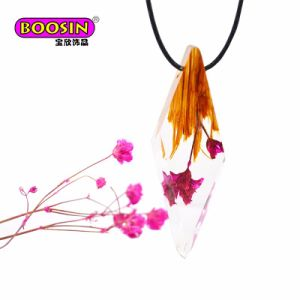 Colorful Resin Wood Pendant Necklace Handmade New Design Jewelry pictures & photos