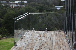 Outside Deck/Terrace Spigot Glass Railing China Railing pictures & photos