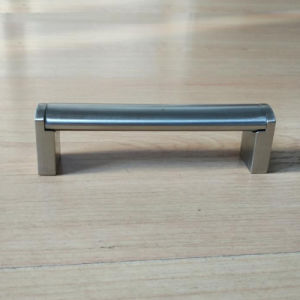 Stainless Steel Ellipse Pipe Handle with Zinc Legs RS025 pictures & photos