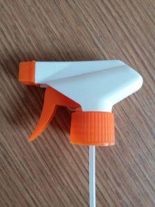 New Design 28mm Plastic Trigger Sprayer pictures & photos