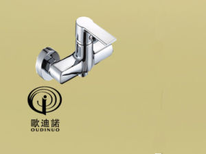 2016 Oudinuo New Design Single Handle Bathtub Faucet & Mixer 70063-1 pictures & photos