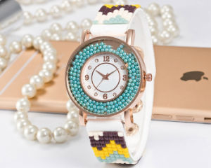 Lovely Pretty Quartz Women′s Watch with Genuine Leather Strap Fs667 pictures & photos