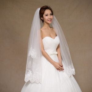 Brand New Short Wedding Bridal Veil with Sequins pictures & photos