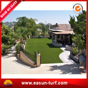 Natural Looking Synthetic Grass Turf for Resident Garden pictures & photos