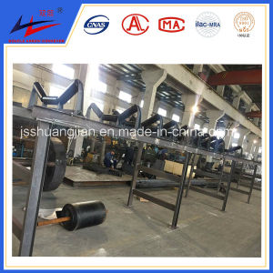 Double Arrow Customized Design Belt Conveyor with Sealed Cover pictures & photos