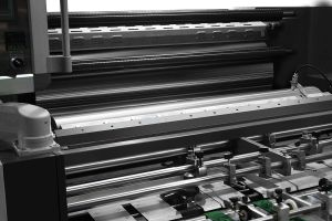 Lfm-Z108automatic Hot and Cold Roll Laminating Lamination Machine pictures & photos