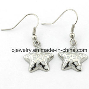 Star Shape Hoop Earrings for Kids Christmas Gifts pictures & photos