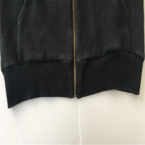 Zip up Pocket Coat pictures & photos