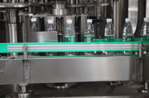 SGS Automatic CXGF32-32-10 15000bph Mineral Water Filling Machine pictures & photos