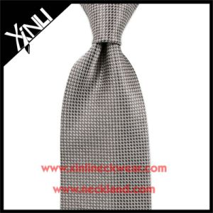 Handmade Jacquard Woven Grey Silk Tie for Men pictures & photos