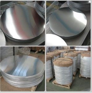 Aluminum/Aluminium Circle (A1050 1060 1100 3003) with Good Deep Drawing pictures & photos
