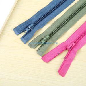 No. 5 Nlyon Zipper O/E a/L pictures & photos