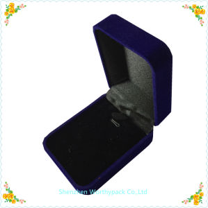 Velvet Jewelry Gift Boxes/ Ring Packaging Box pictures & photos