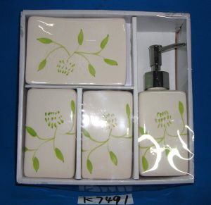 4PCS Dolomite (ceramic) Bath Set with Gift Box Packing pictures & photos