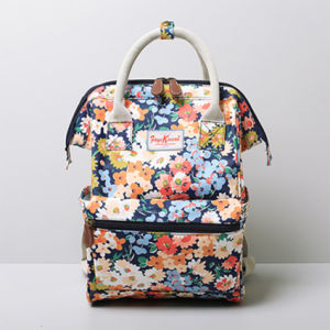 Small Size Chrysanthemum Patterns Canvas Backpack Bag (99239-21) pictures & photos