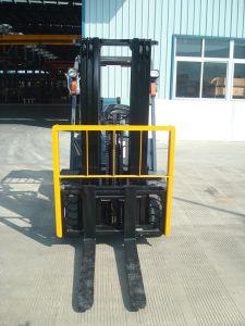 2ton-3.5ton Diesel Forklift/Gasoline (LPG) Forklift pictures & photos