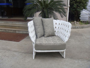 Retail Accepted/1 Set Accepted/Outdoor Wicker Chairs pictures & photos