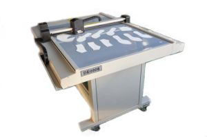 Shoes Cutting Plotter pictures & photos