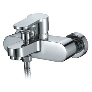 Shower Room Pure Brass Bath Faucet (DCS-7105) pictures & photos